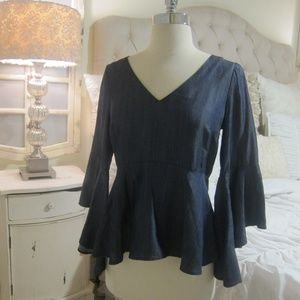 Gorgeous White House Black Market Blouse